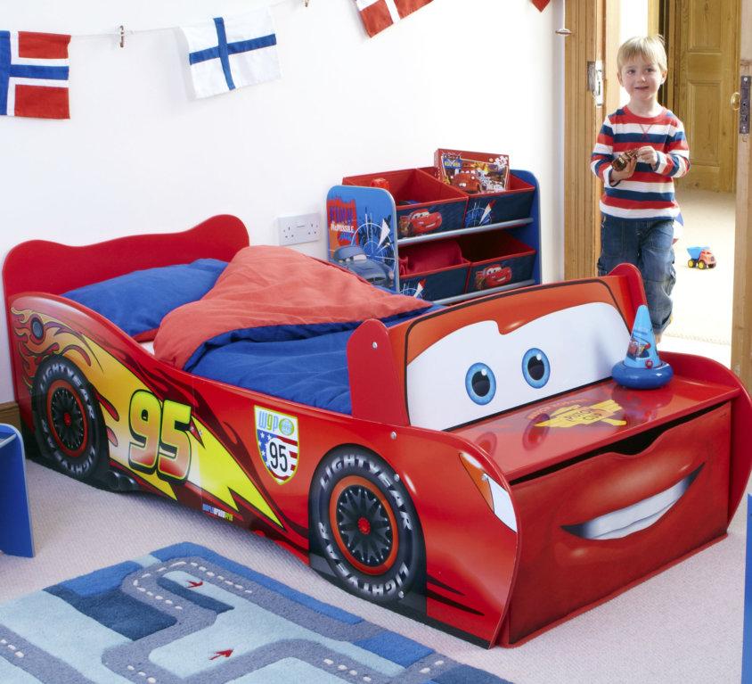 Komplett Barnerom Med Lightning McQueen Bilseng